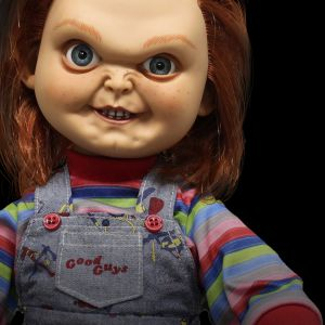 Chucky Mega Scale Talking 'Good Guys' Figure