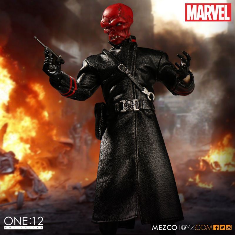 One:12 Collective Marvel Red Skull – Mezco Toyz