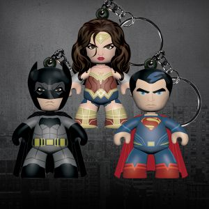 Mez-Itz Dawn of Justice Clip-On Bundle