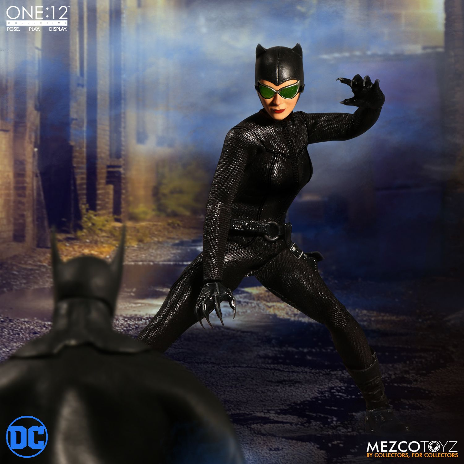 Mezco Toyz  1//12 76820 Batman Catwoman New