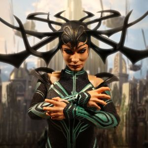 One:12 Collective Ragnarok Hela