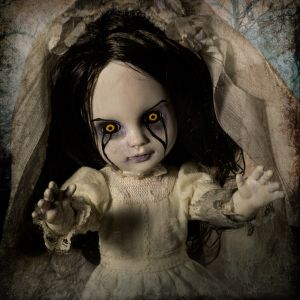 Living Dead Dolls The Curse of La Llorona: La Llorona
