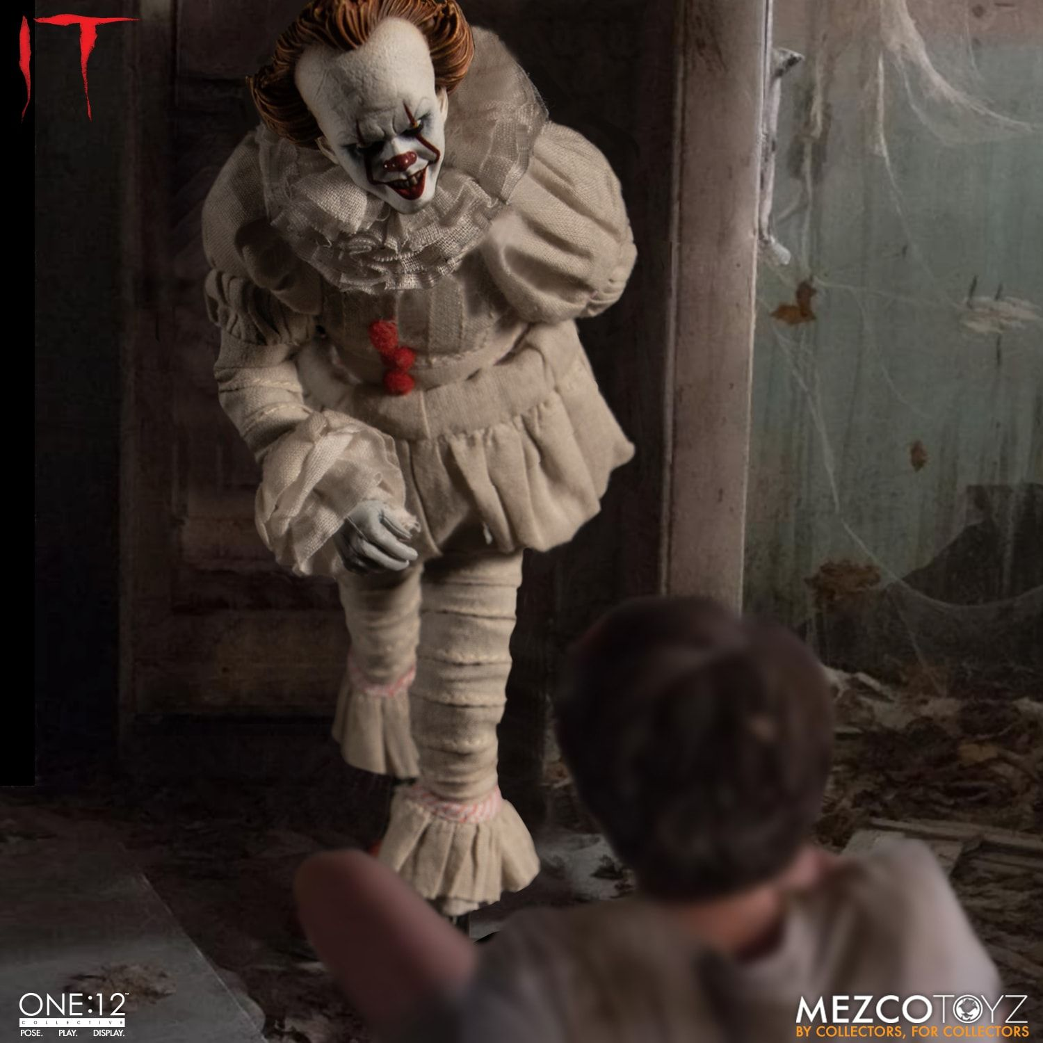Mezco One:12 PENNYWISE IT BALLOON WITH A PAIR OF HOLDING HANDS Accessories