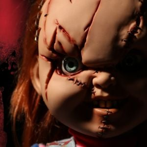 MDS Mega Scale Bride of Chucky: Talking Scarred Chucky